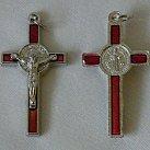 Krzyż św. Benedykta czerwony 4 cm