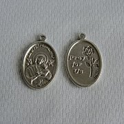Medalik Matka Boska Nieustającej Pomocy
