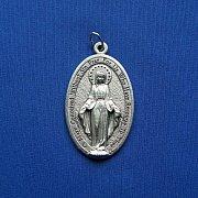 Medalik z Matką Boską Niepokalaną